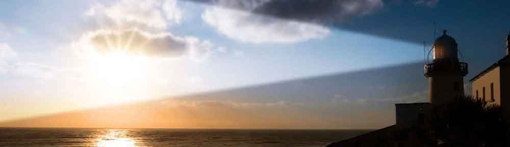 Lighthouse-over-sea-header